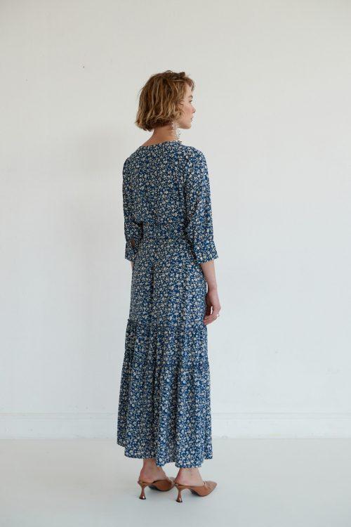 שמלות סטודיו שחרית